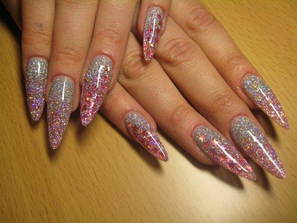 Как наростить цветные ногти
